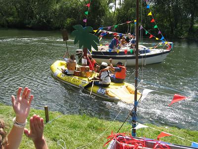 Raft Race 04
