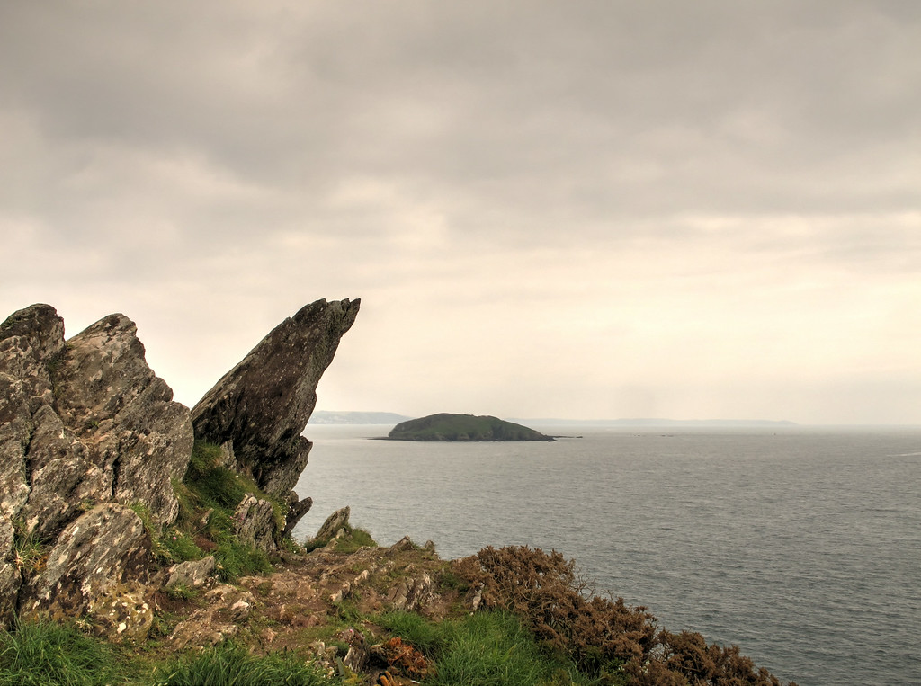 Looe Island behind Hore Stone .