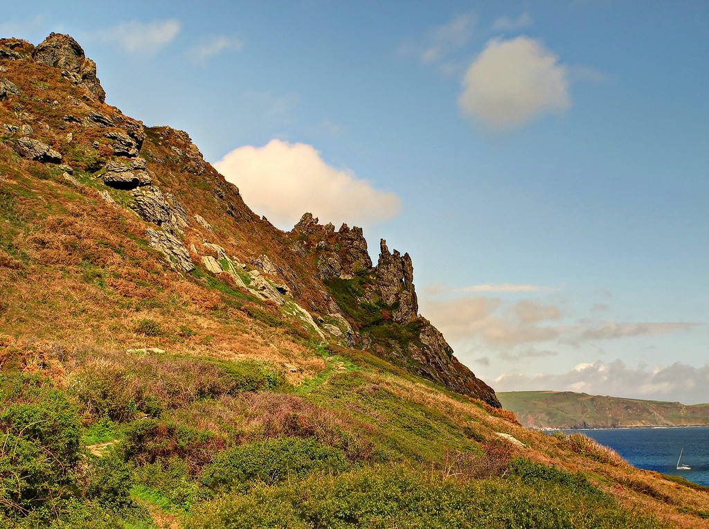 The path up the side of Sharp Tor.