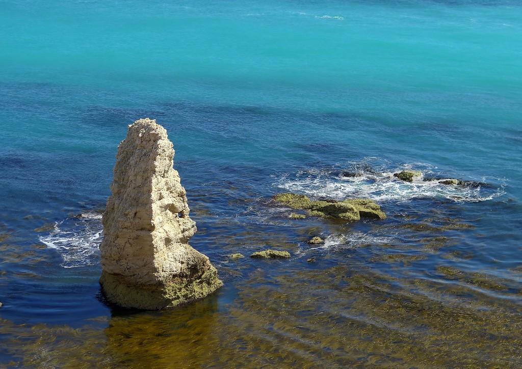 The pinnacle adjacent to Bat's Head
