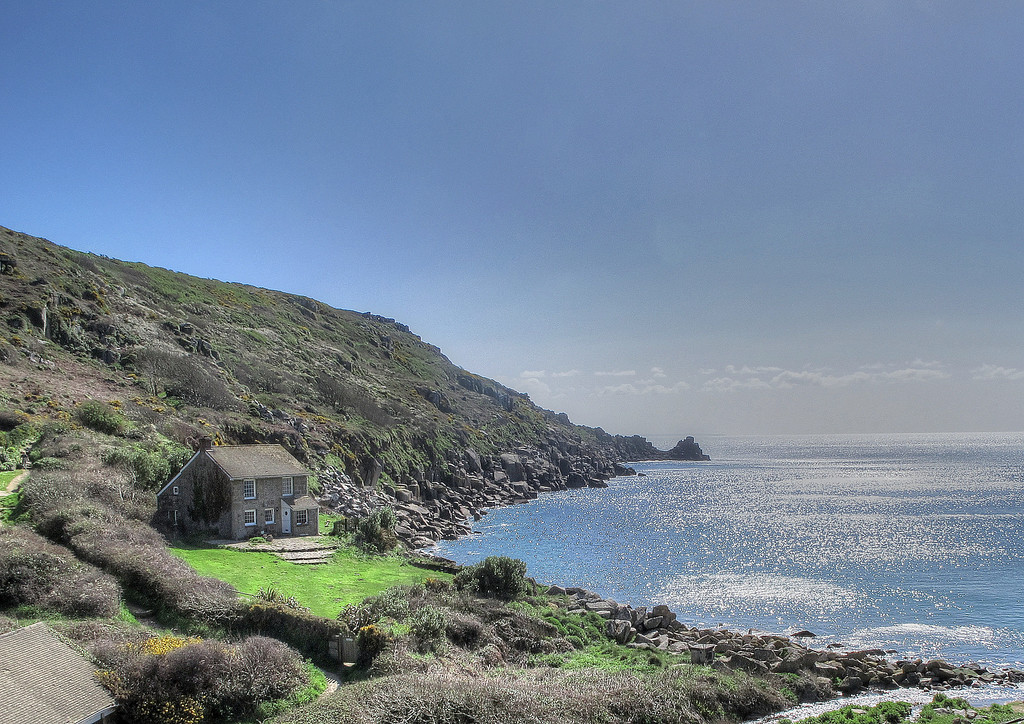 Off from Lamorna on an ideal morning.   The path goes up the hill behind the cottage.