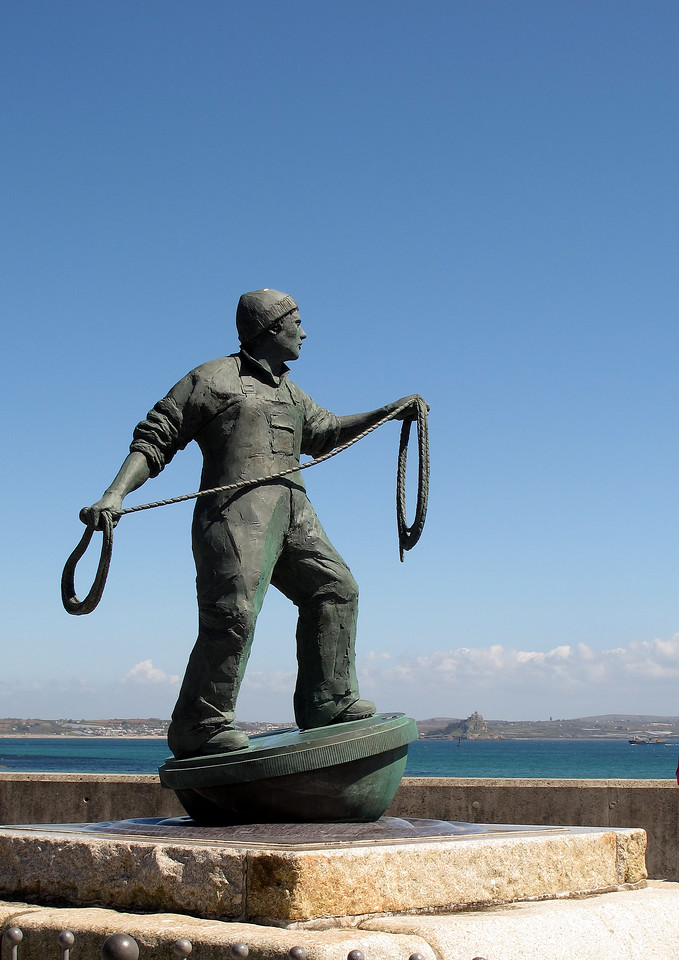 The Fisherman Memorial at Newlyn.