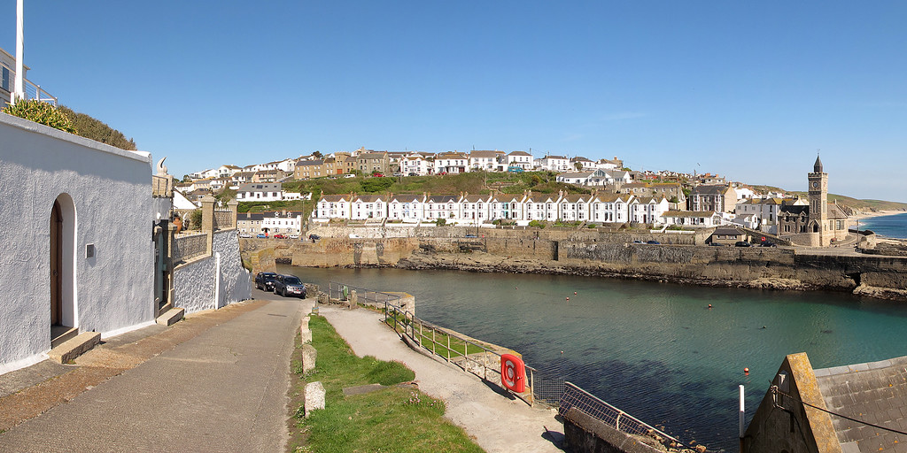 The atractive harbour at Porthleven.