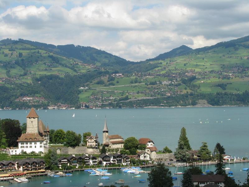 Spiez  - Lac de Thoune  -   Suisse