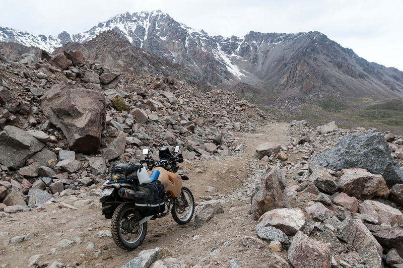 Tosor Pass. Naryn - Tosor (Issyk Kul) road