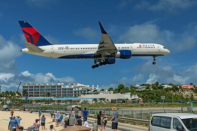 Delta Air Lines Boeing 757-232 N658DL 2-15-20