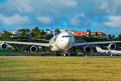 Air France Airbus A340-313 F-GLZP 2-15-20 8