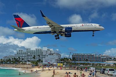 Delta Air Lines Boeing 757-232 N685DA 2-15-20 2