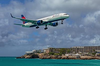 Delta Air Lines Boeing 757-232 N658DL 2-15-20 2