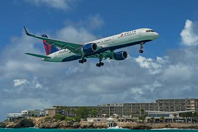 Delta Air Lines Boeing 757-232 N685DA 2-15-20