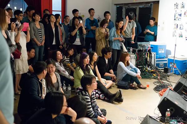 The audience enjoys Taiwnese Music Jam 3/22/2015 SVT