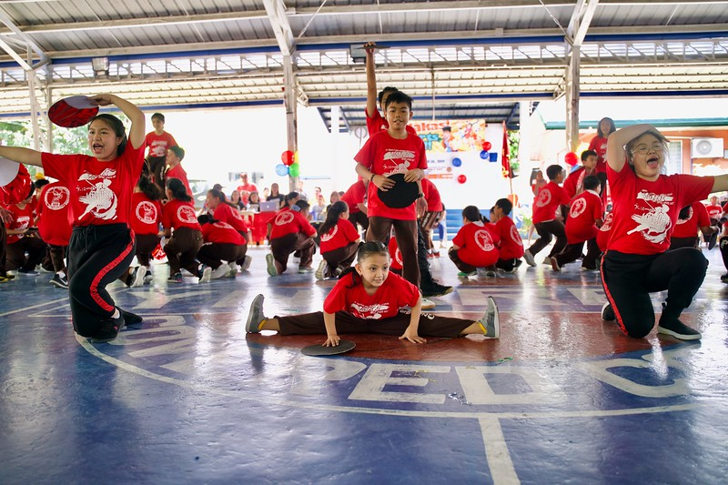 SIGLAKAS 2019:  Grade 4 to 10 Uchida Clan Cheer