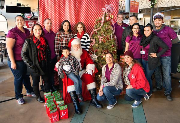 SYHC CASA Breakfast w Santa at Las Americas Premium Outlets
