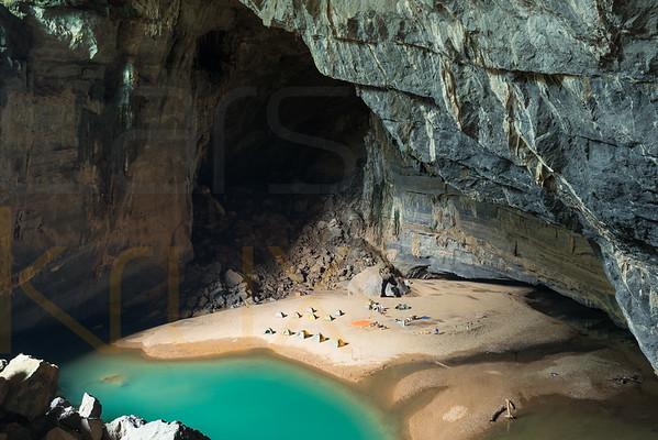 Hang En Cave; Vietnam