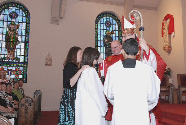 Confirmation Ind in Mass with Bishop