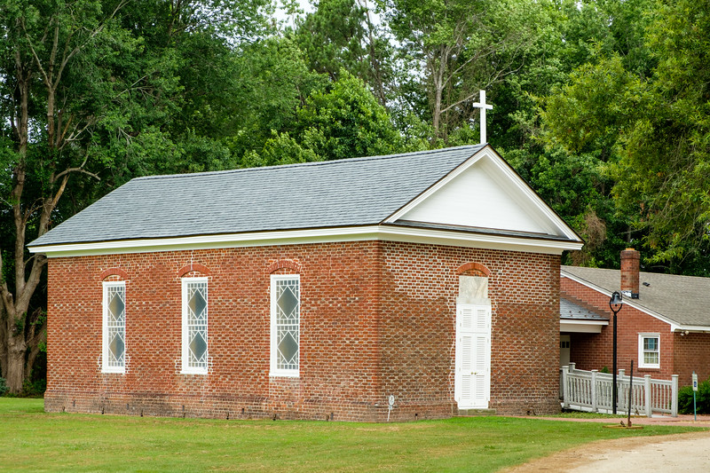 Glebe Episcopal Church, 4400 Nansemond Parkway, Suffolk, Virginia