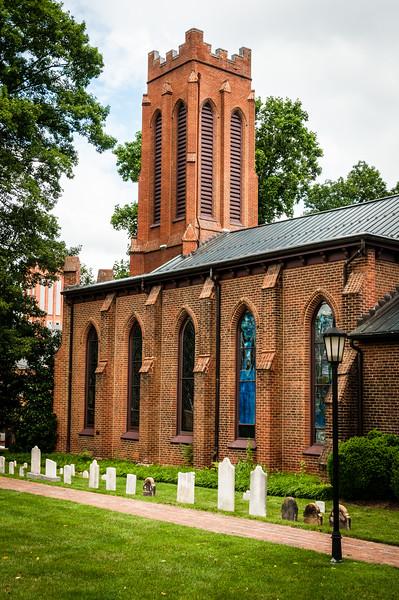 Trinity Episcopal Church, 214 West Beverley Street, Virginia