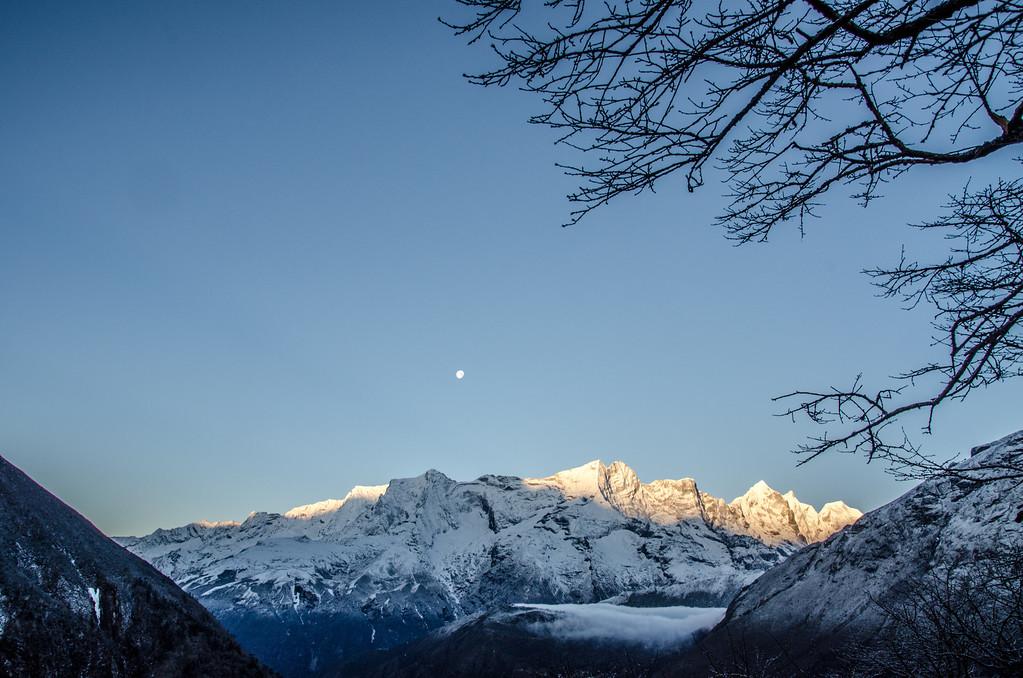 Himalayan Spring Dawn