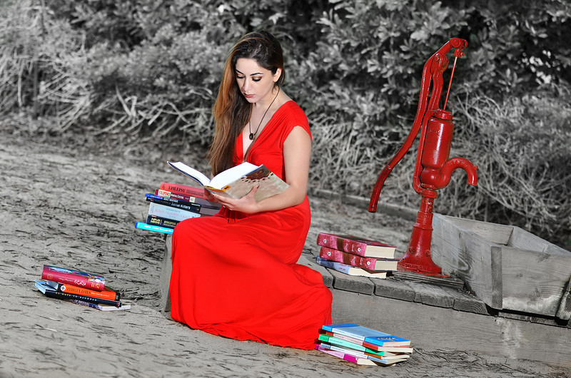 Well Read by the Red Well <br /> <br /> By Preston Cartagena  (DrOpel)<br /> Model: Mary Mehrmand