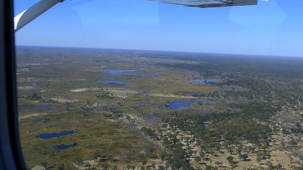 Maun airport to Sandibe:  view from plane