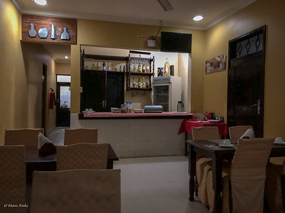 Bar, Restaurant, Breakfast room at Transit Motel Airport. Small but comfortable.