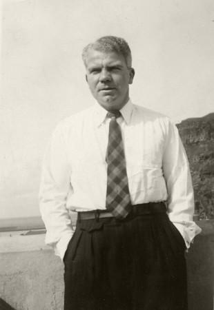Eyjamaðurinn Sveinn Ársælsson. Hann varð tvívegis Íslandsmeistari, 1955 og 1957.