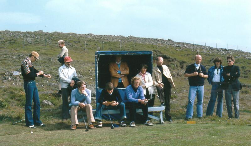 Fv. Atli Arason, Hjalti Þórarinsson, Ragnar Ólafsson, Sveinn Sigurbergsson, Ari Guðmundsson, Björgvin Þorsteinsson, Laufey Karlsdóttir, Sigurður Matthíasson, Konráð Bjarnason, Óþ, Tómas Árnason.