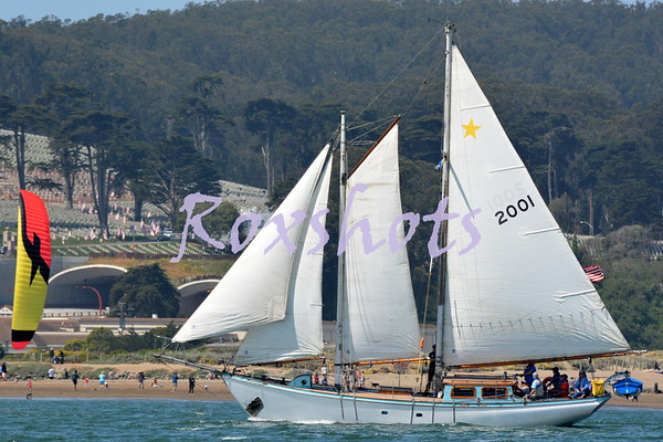 Master Mariner's start on the city front and finish off Treasure Island before the Bay Bridge and on to the party at EYC...on SYC's committee boat Mercury...