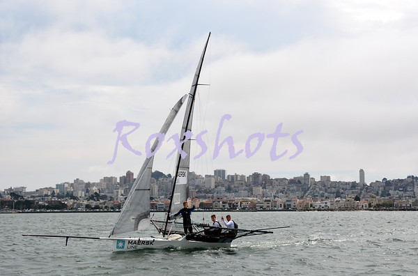 StFYC, 18' Skiff racing on the City Front, Fri. 8/29/14