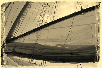 The song of the sailboat