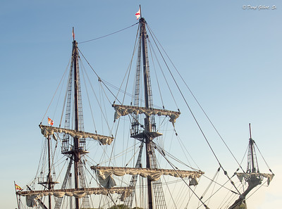 "Geometrically Precise Rigging of the Spanish Galleon ""El Galeon"""