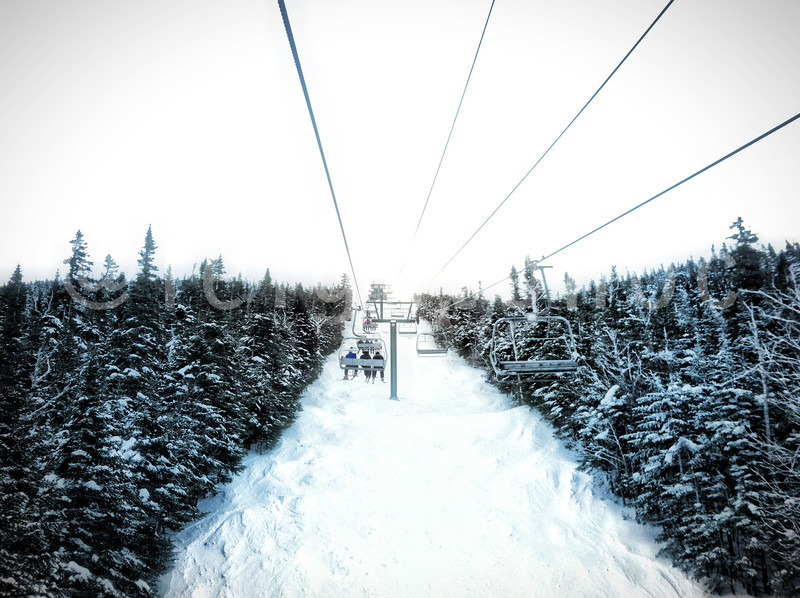 4th chair @skiwildcat looks awesome. Plenty of snow #skiing #newhampshire #snowboard #snowboarding #riding #snow #mountains