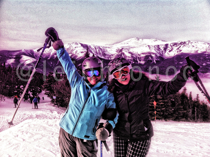 Lovin' skiing with fast girls. #skiing #riding #snowboarding #winter #mountains #newhampshire #nh