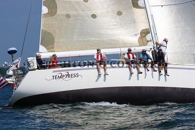 Class 11 - Newport to Bermuda Start