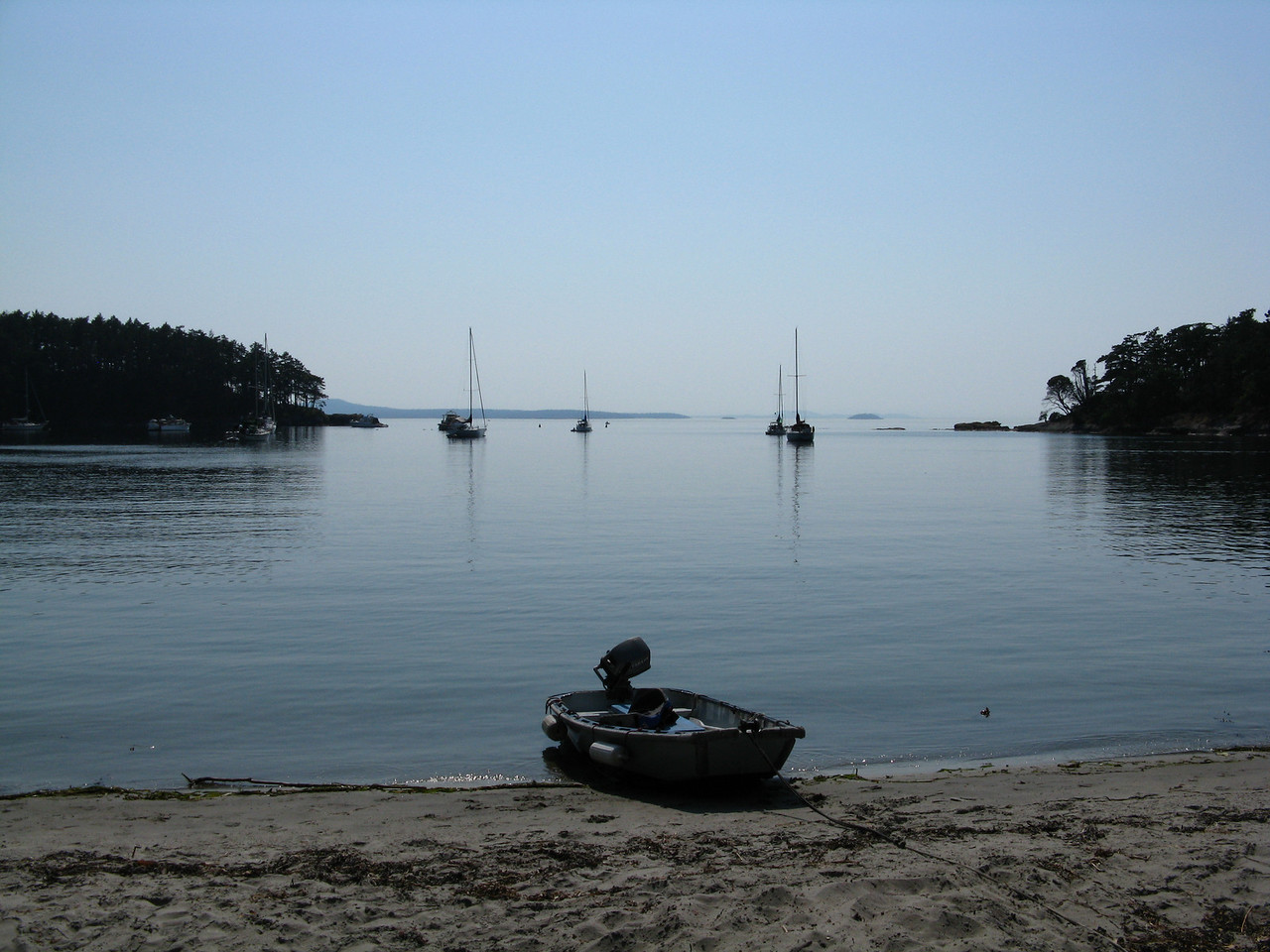 Ann, Nathan and Martin walked to Shallow Bay on the north side of Sucia Island in the afternoon.
