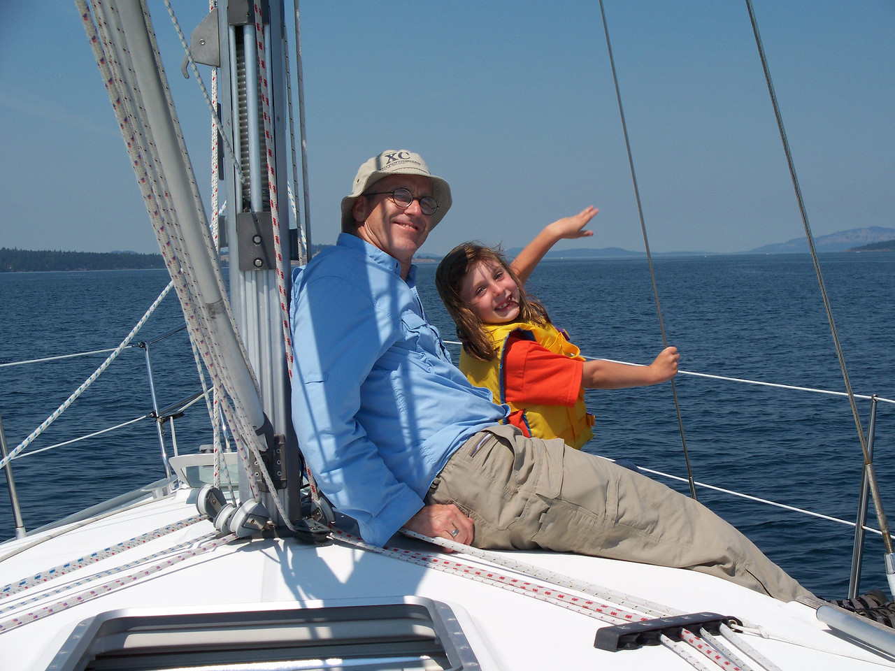 On Tuesday afternoon, we motored northward on San Juan Channel towards Roche Harbor.  Glenn and Abby.  (photo by Sonia)