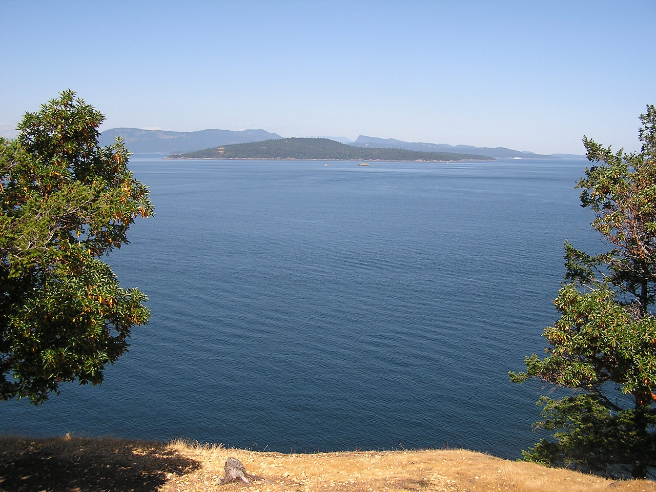 the view from above the lighthouse on Stuart Island