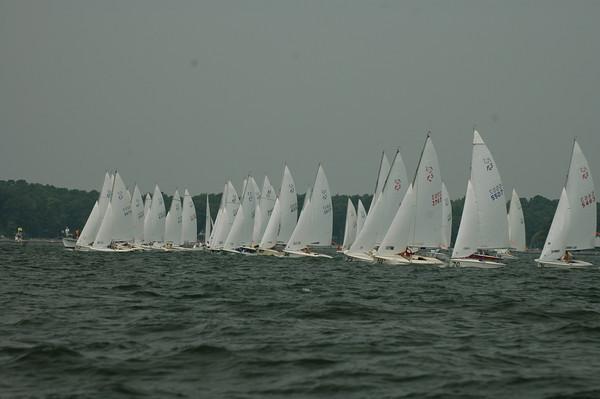 Challenger fleet race 1 start: 112, 107, 66, 114, 92, 96, 73, 111, 70, 31