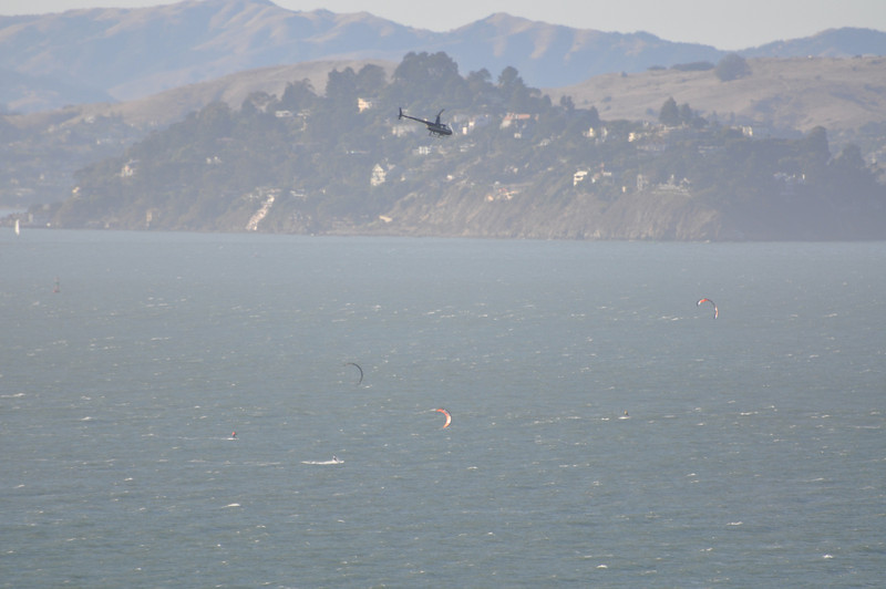 About 3minutes after the start. The Kites were set up to the left in favored position for starting. Howies Heli in pursuit