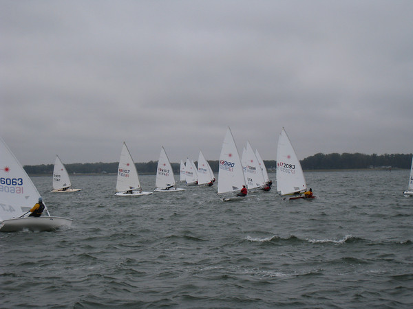 Fleet going upwind in race #2.