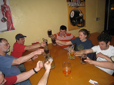 Brad, Kevin, Matt L, Melissa, Mark having drinks after a long drive to Tampa.