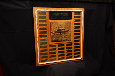 Photo of the completed trophy.
