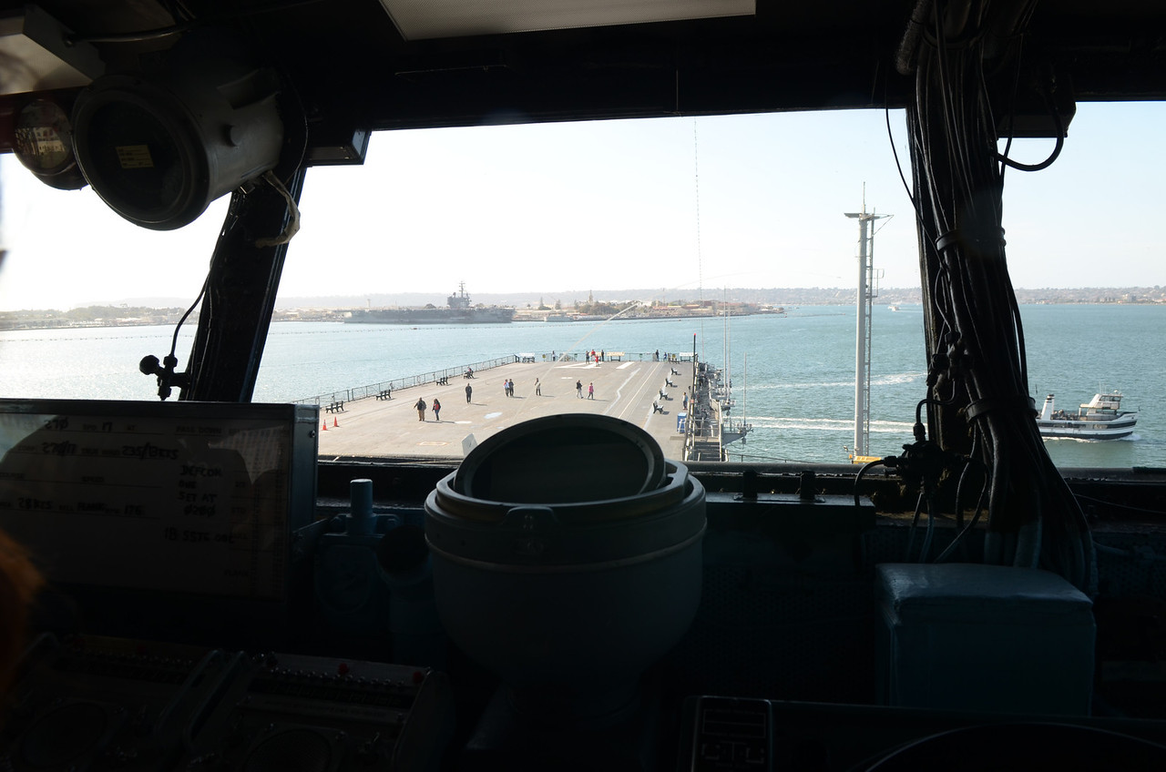 2/5 USS Midway - View from the bridge