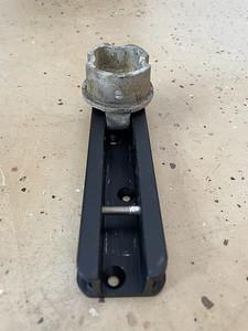 Mast base and new mast step