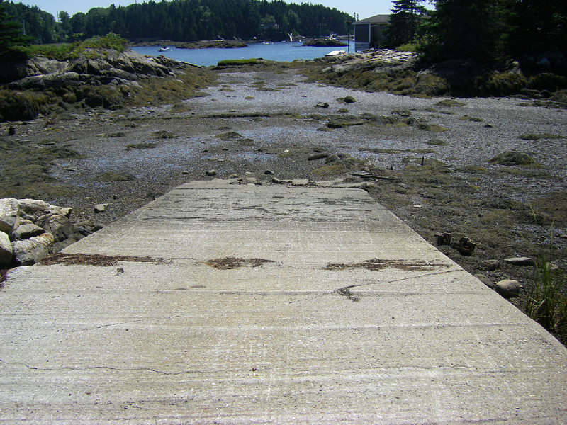 Christmas Cove, Maine.  When the tide goes out in Maine, it really goes out!  July, 2012.  Photo: Suzanne Jean