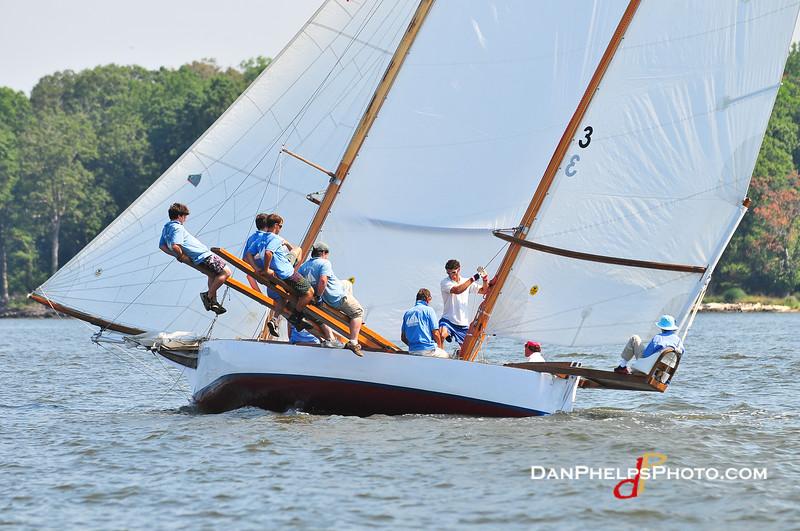 MRYC Log Canoes-23.JPG