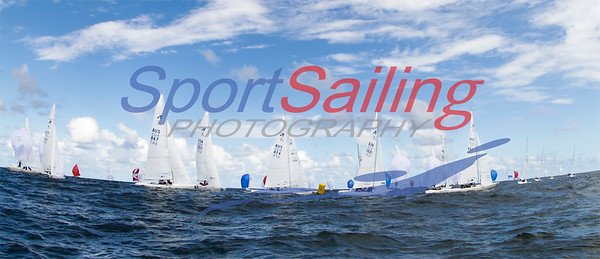 Fleet rounding the bottom mark at the Etchells Nationals 2012