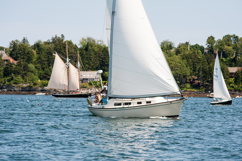 Voyager leading Thistle with Schooner Alert in background