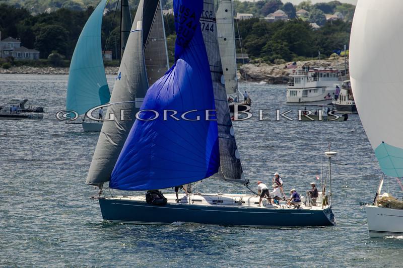 Newport_Bermuda_2014_george_bekris_June-20-2014_-263