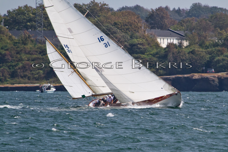 Dorade   16  Yawl<br /> 32nd Annual Museum of Yachting Classic Regatta 2011